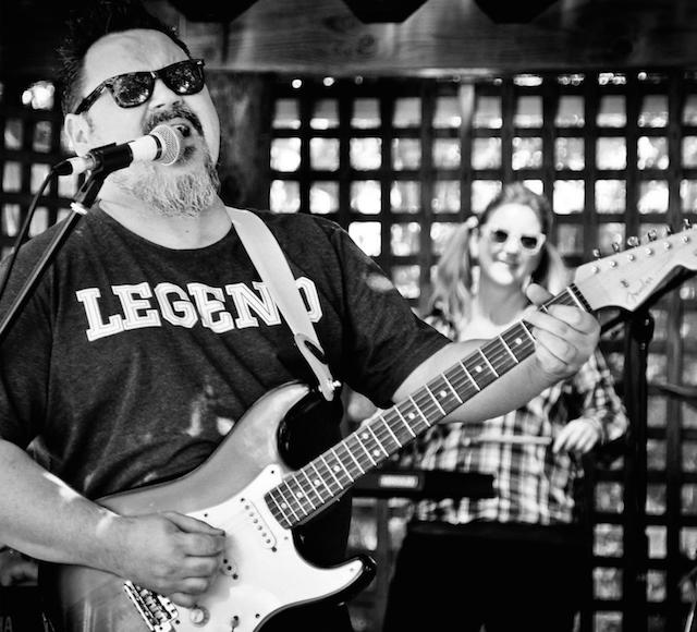 Darren Watson<br><font size=1>Darren Watson, Real Deal Band, Chicago Smokeshop</font>