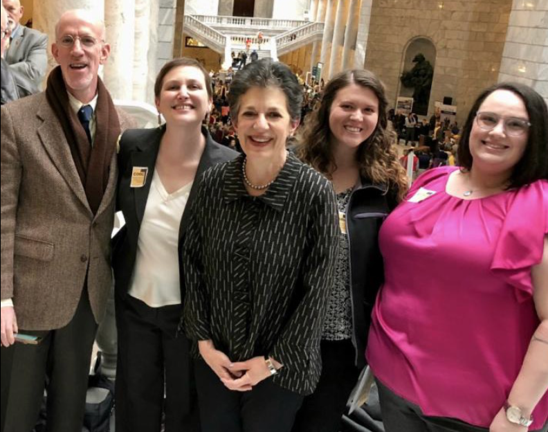 Rep. Arent with Rabbi Ilana Schwartzman and members of Congregation Kol Ami