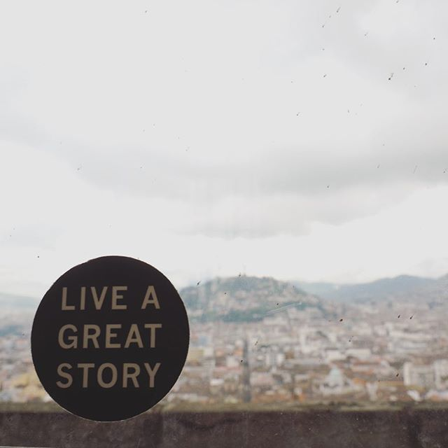 Live a great story! A good moto found in Quito to go in to the new year with.  __________ For more follow us at www.detourbydesign.com or @detourbydesign  __________ #travelphotography #TravelPics #travel #travelecuador #TravelCouple #travelersnotebook  #AdventureTravel #AdventureIsOutThere #adventureawaits #adventurethatislife #liveyouradventure #ExploreMore #exploretocreate #exploretheworld #takemoreadventures #VanLife #vanlifediaries #discoversouthamerica #liveauthentic #inspiremyinstagram #neverstopexploring #BestInTravel #travelstoke #NeverStopExploring #LifeWellTravelled #ecuador #travelsouthamerica
