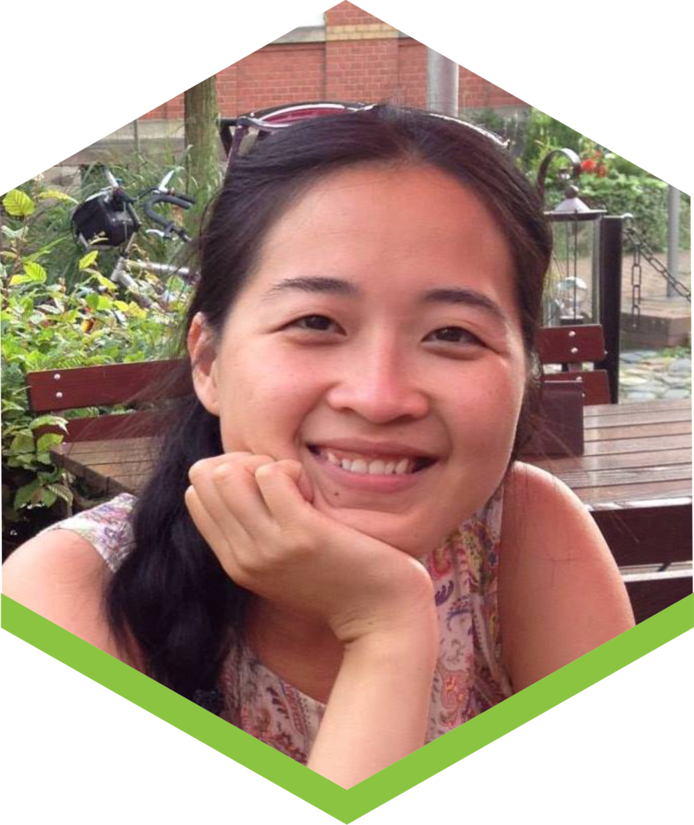 Quynh joined Fargreen because sustainable agriculture resonates with her. An aspiring gardener, she also grows mushrooms in her own home.