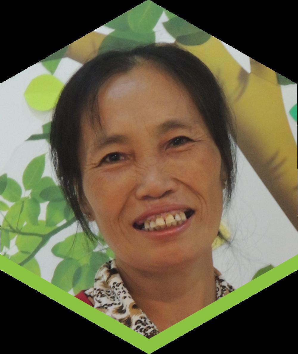 ChịSim thích trồng các loại thực vật có giá trị về y học và dinh dưỡng. ChịSim muốn góp phần xây dựng một nền nông nghiệp bền vững cho quê hương, thông qua công việc của chị với Fargreen.