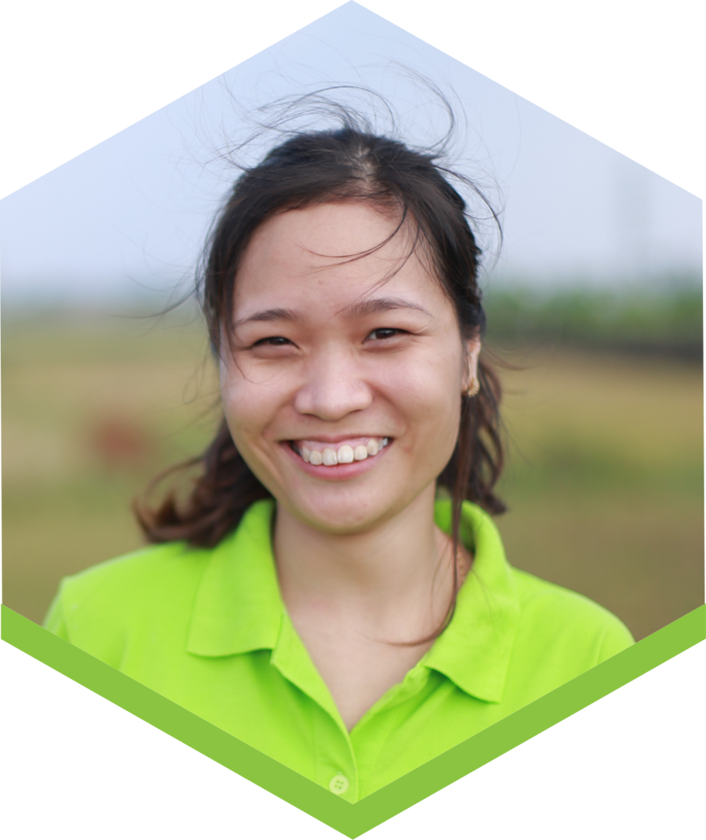 Our HR Manager, Phuong aims to bring Fargreen culture to all corners of Vietnam so that everyone lives and works together honestly, reponsibly, and sustainably. She wants to help farmers to stay with the land, together creating a clean environment.