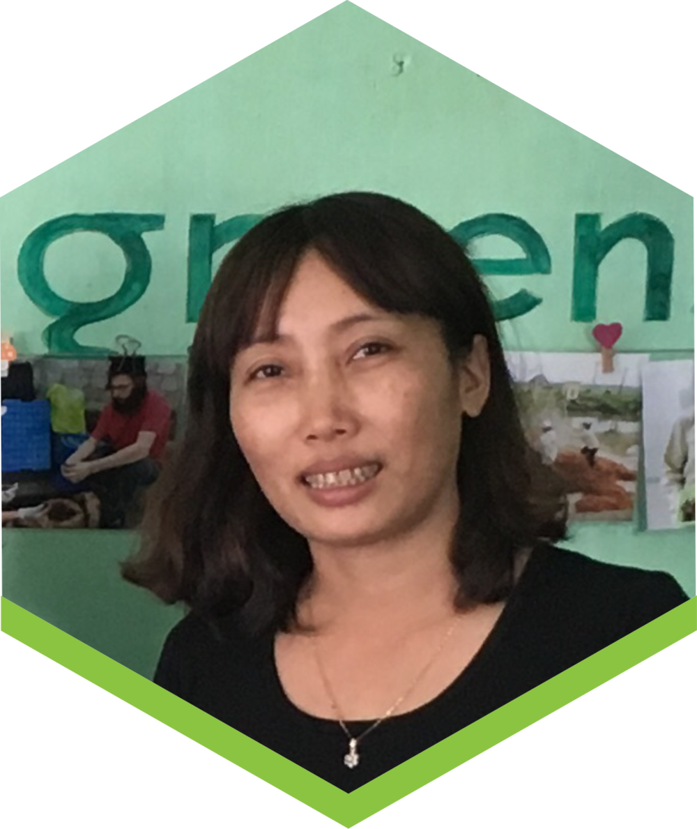 Our production chief, Duom is responsible to all technical (and non technical) matters in growing our mushrooms using rice straw. Creative and determined, she lives our guiding principles.