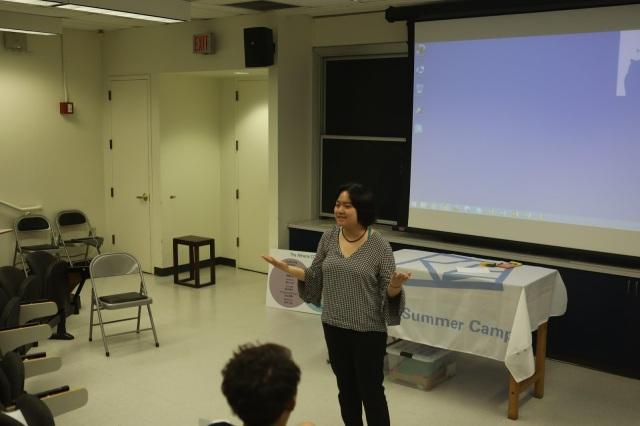 A participant during an impromptu speech practice