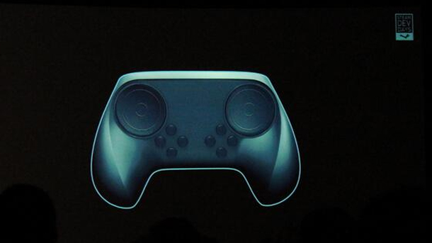 Lo Steam Controller: API specifiche, Bluetooth, due batterie AA, e la possibilità di collegarne fino a 16 al PC. Mah.
