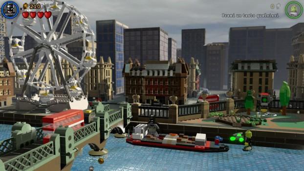 Faremo anche un giretto in una versione ridotta di alcune città famose.