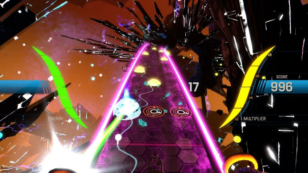 I fondali dei livelli riescono a tratti a essere evocativi, ma mai coinvolgenti come i video proiettati durante alcuni livelli di Amplitude per PS2.