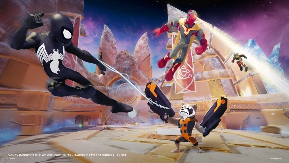 Visione, Ant-Man, Black Panther e lo Spiderman nero sono i nuovi personaggi introdotti in Battlegrounds. Da dove salti fuori Spiderman nero esattamente non ne ho idea, dato che non c'è in Civil War, ma immagino che avendo già il pupazzetto la Disney abbia ben pensato di venderlo, dato che è molto figo e soprattutto al momento non è semplicissimo recuperare un pack del mondo di Spiderman di Disney Infinity 2.0.