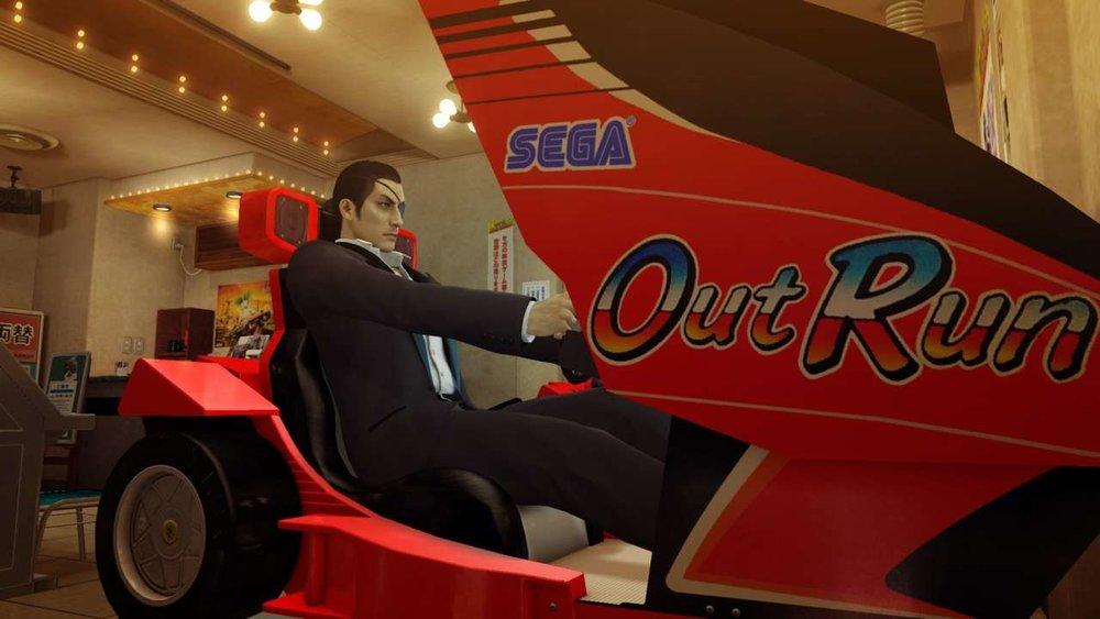 Sì c'è anche questo gioco qui in versione arcade integrale. Sentite anche voi Fabio Bortolotti e Andrea Babich ululare in lontananza?