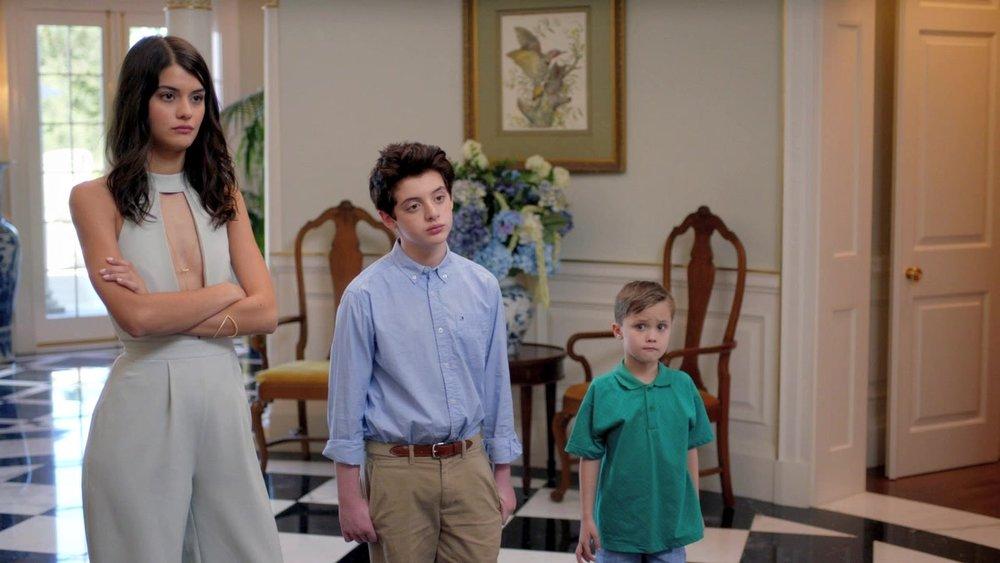 La fica che non è minorenne, il figlio di Rick Astley e il piccolo Ben(ito).