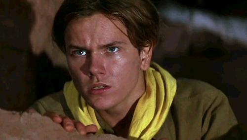 In qualche scintilla, lo Han Solo di Alden Ehrenreich mi ha ricordato il giovane Indiana Jones di River Phoenix.