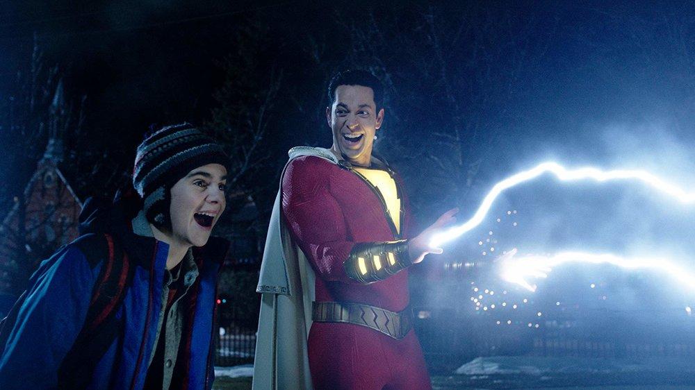 Ricordiamo che Shazam all'inizio si chiamava Capitan Marvel, ma poi è saltato fuori  quell'altro  ed è finita come è finita.