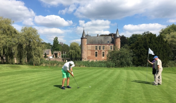 Where can you putt towards a medieval castle ... Cleydael Golf Club near Antwerp.