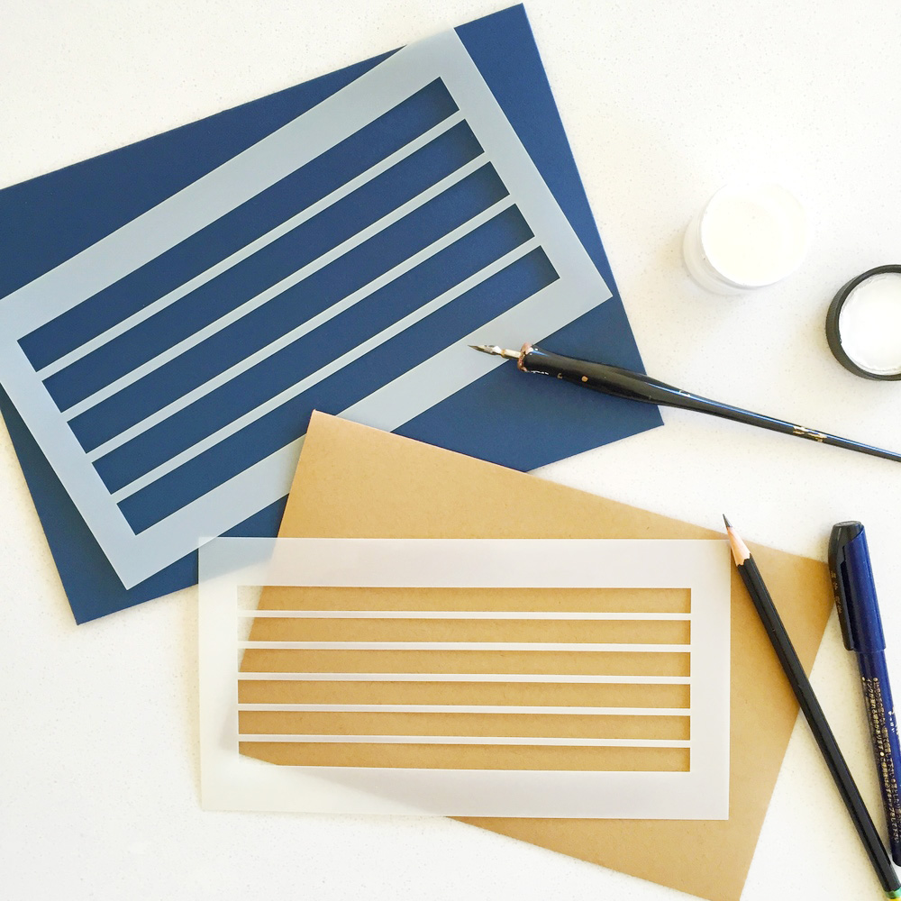 "<p><strong><a href=""http://shop.annerobin.com/shop/e07ykn9fpbx9gnym4npo4tqbpvlg0m"" target=""_blank"">Anne Robin's Envelope Template Liners</a></strong></p>"