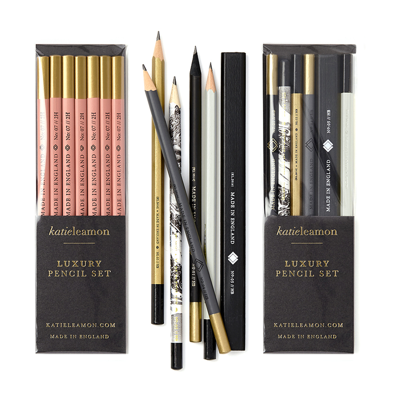 "<p><strong><a href=""https://katieleamon.com/product-category/stationery/pencils"" target=""_blank"">Katie Leamon Pencil Sets</a></strong>£15.00</p>"
