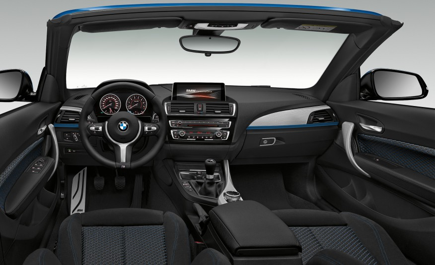 Typical, functional, classic BMW.  The steering wheel is perfect.  ( Image: BMW )