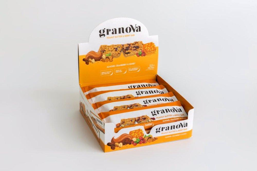 Granova - Bars - Peanut Butter & Berry.jpg