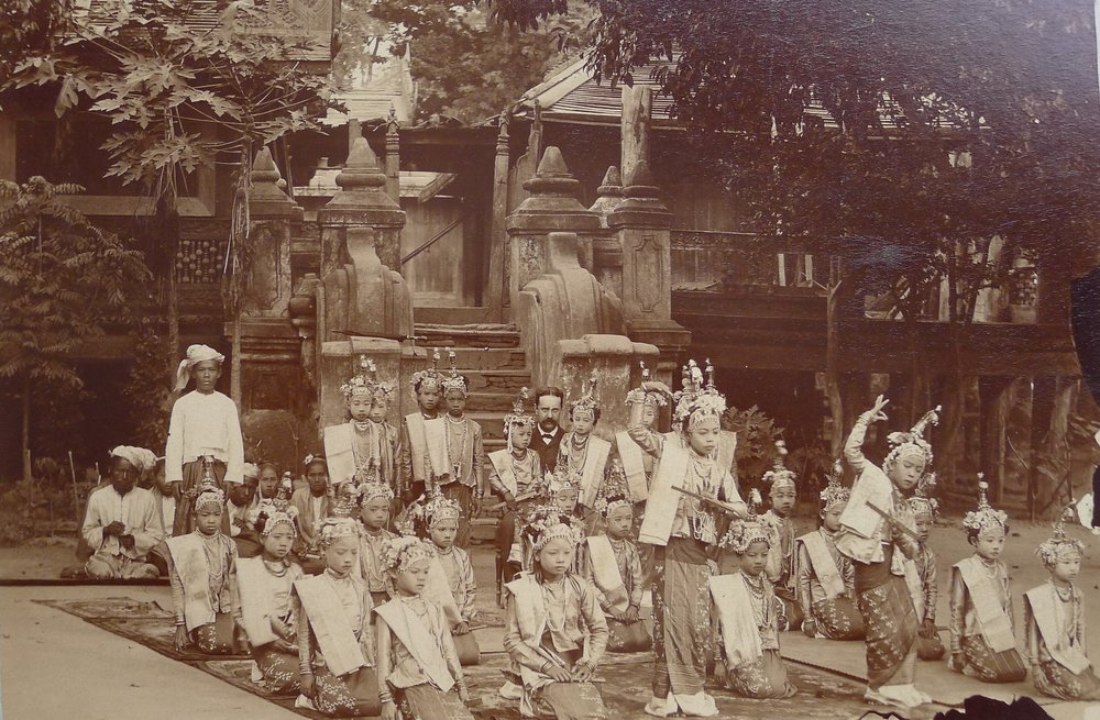 Gallois, 51 original pictures from Burma, 1896-1898
