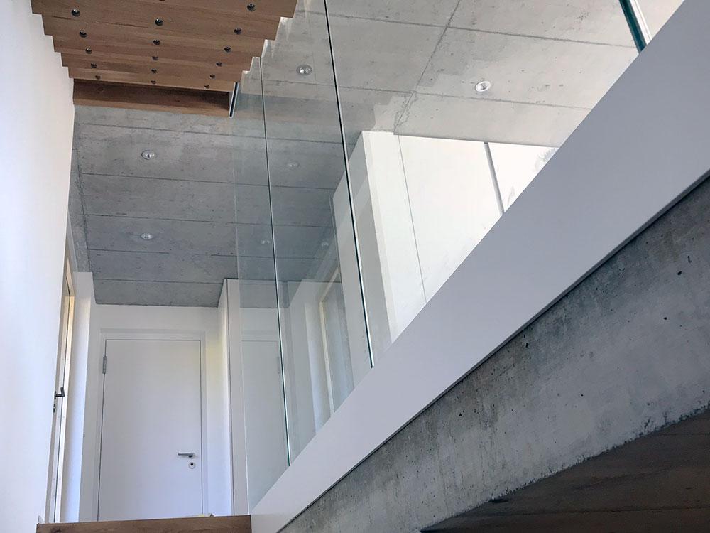 Treppenbereich und Eingang