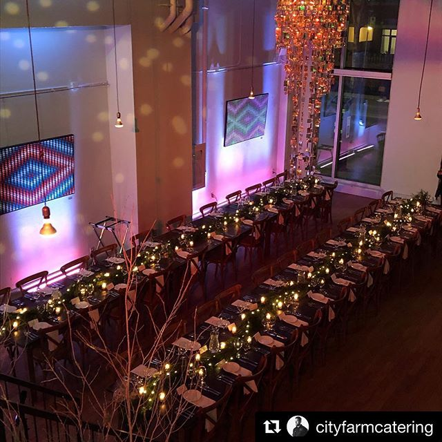 Feeling beautifully festive tonight with @tonicblooms @cityfarmcatering @evolvedent and @eventrentalgroup! ————— #Repost @cityfarmcatering with @get_repost ・・・ Stunning Venue @therichmondto 🙌🏽😍 @cityfarmcatering #mobilecatering #corporateevents #toronto