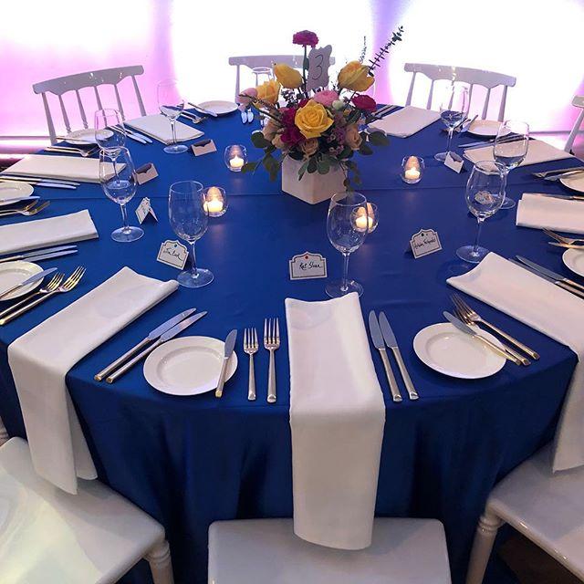 Happy birthday Janet! #dinnerparty #torontovenue #torontoevents with @thetemperedroom @evolvedent @eventrentalgroup @tonicblooms  #thekenziejazzband