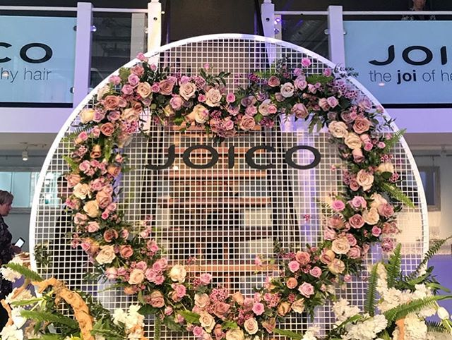 We were thrilled to host @joicocanada and @larisadoll for their colour in full bloom event yesterday! Much thanks to all participating vendors who made yesterday's event extra special!  _ Florals: @openingnflowers  Catering: @seventhheavenec  Rentals: @higginsevents and @detailzeventrental