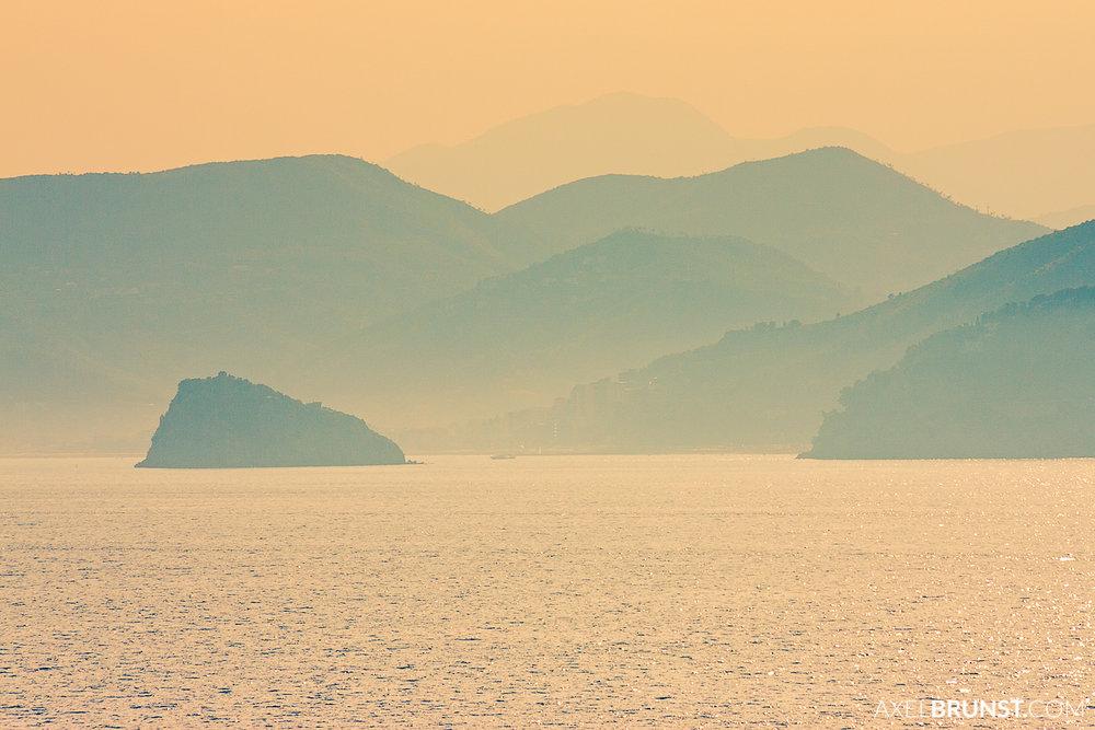 travelling-corsica-france-1.jpg