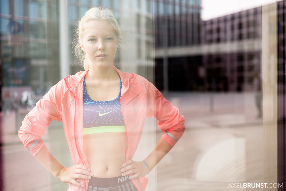 female-stuttgart-urban-running-3.jpg