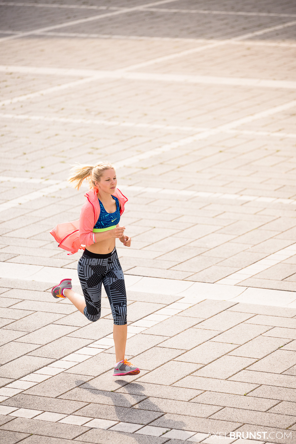 female-stuttgart-urban-running-7.jpg