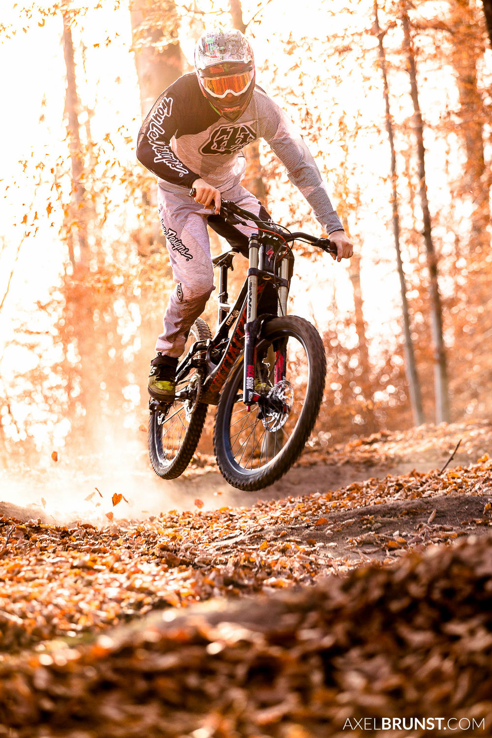 downhill-moutain-biking-stuttgart-4.jpg