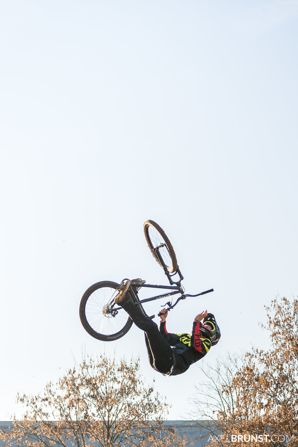 Filderstadt-Freestyle-Mountainbike-Dirt-Jump-2.jpg