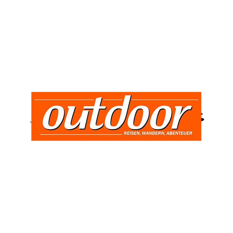 Mag_Outdoor.jpg