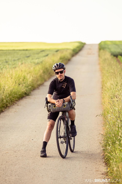 Fabi-Scholz-Bikepacking-2.jpg