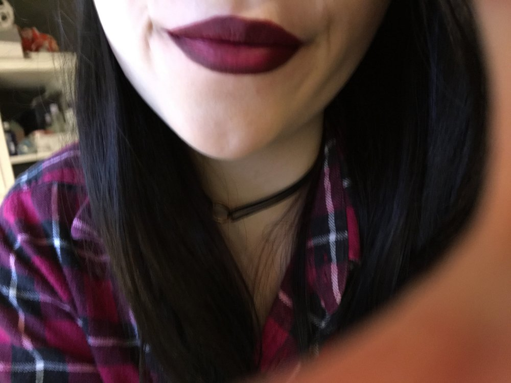 SUPER BLURRY lip swatch of 'XO' with Sephora Contour & Color liner and lipstick duo in 05 burgundy as a base