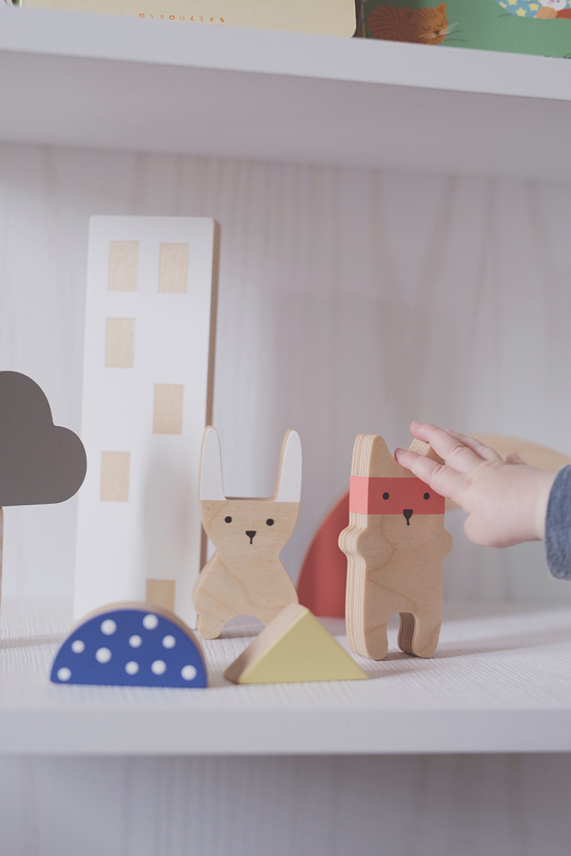 Péa les maisons. Decorate with the most beautiful wood toys