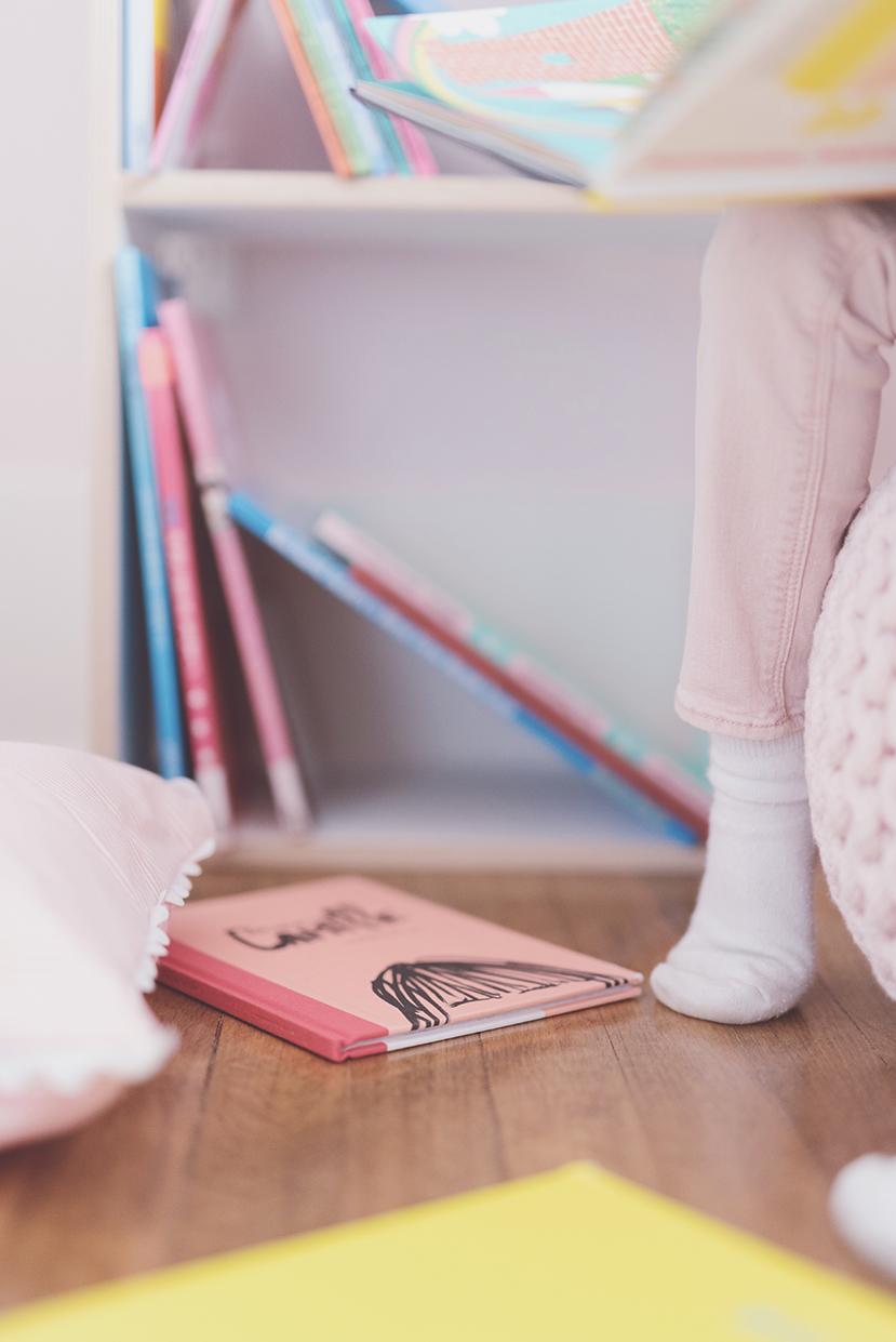 Péa les maisons. Petit coin lecture pour enfants