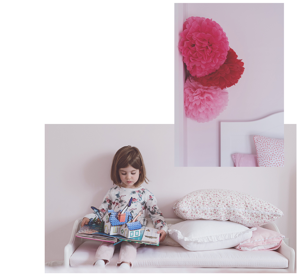 Péa les maisons. An all pink bedroom for toddler girl