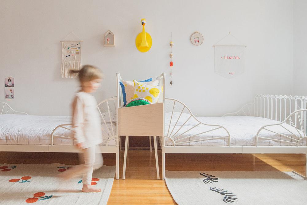Péa les maisons. Des idées colorées pour une chambre partagée avec, en plus, des lits évolutifs