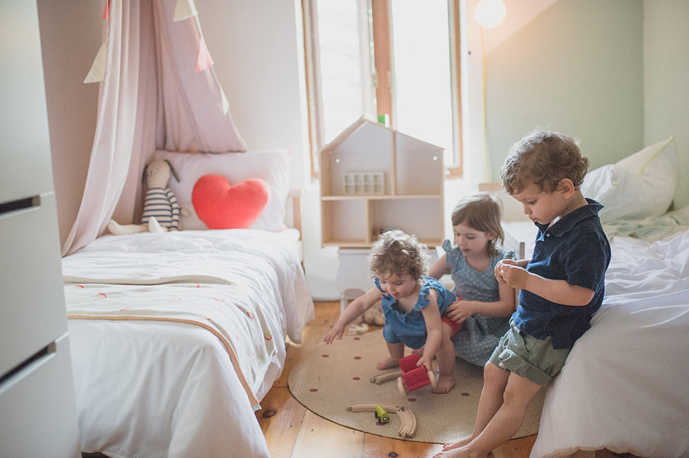 Péa les maisons. Aménager une petite chambre pour trois enfants
