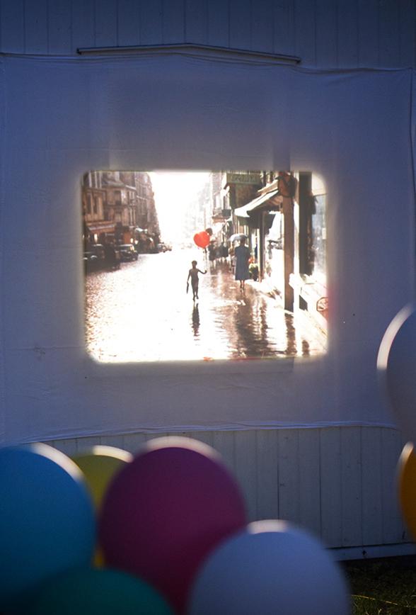 """Péa les maisons. Un classique de 1956 """"Le Ballon Rouge"""" en 16mm Technicolor"""