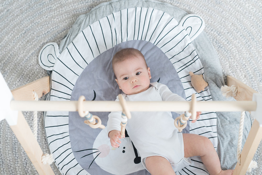 Péa les maisons. Baby boy play mat and mini gym