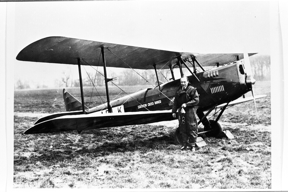 Bill Lancaster next to his Avro Avian 'Southern Cross Minor'.jpg