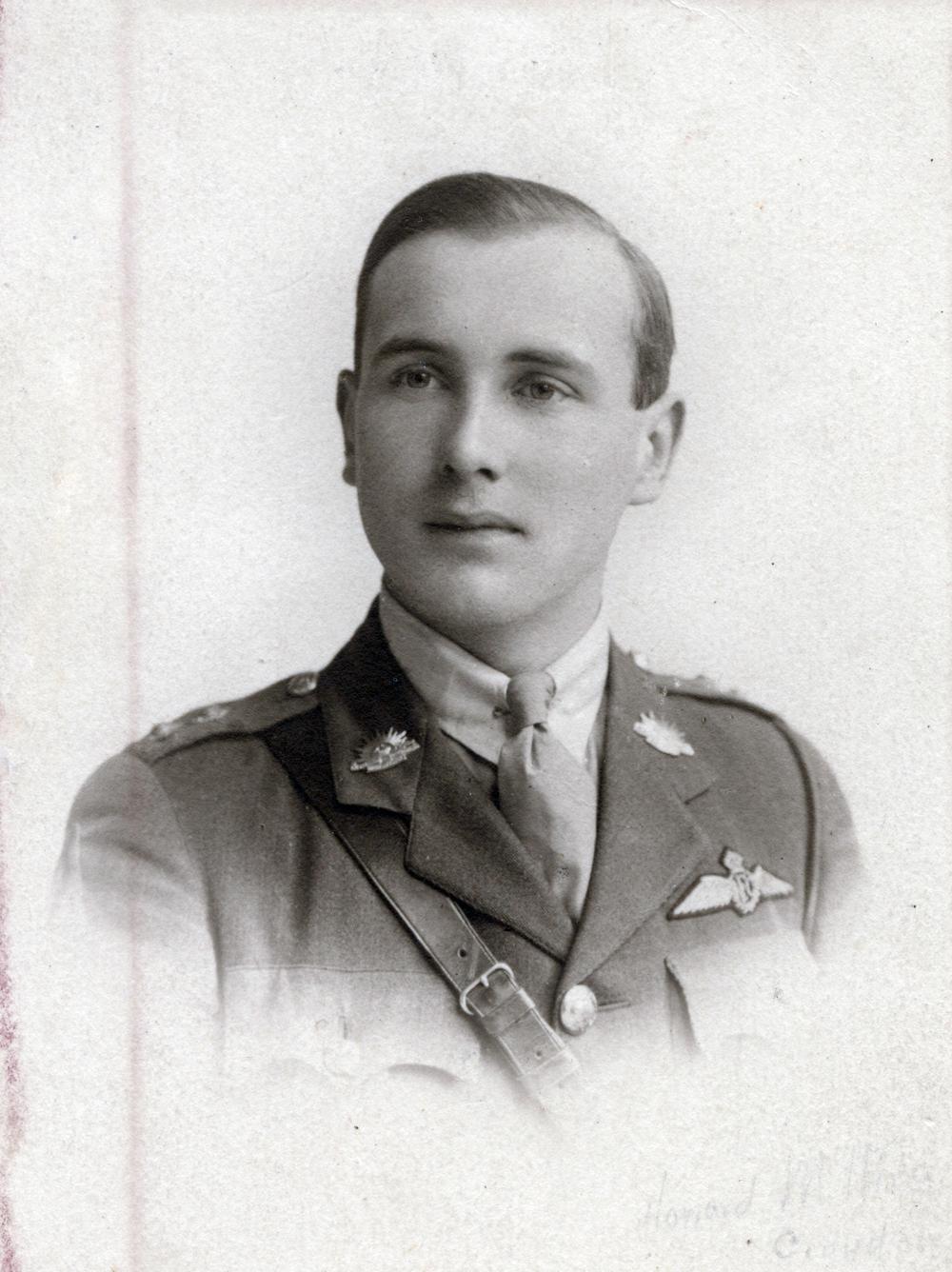 Bill Lancaster RAF.jpg