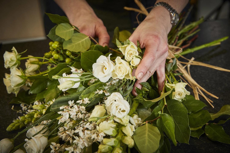 Funeral flowers perkins florist 08i2970g izmirmasajfo