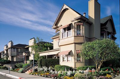 Big Sur tour comfort plus hotel option in Monterey