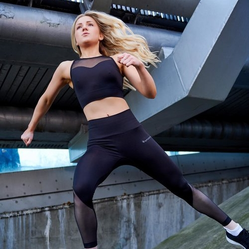 Lauren Tickner - Lauren is a young entrepreneur & an expert in fitness and social media marketing. Check out Lauren's story on social media and make sure you follow her hashtag #strengthfeed