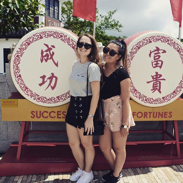 We've been a little bit preoccupied lately, but what better time to pick up posting than on holiday? More coming soon! 🦁 #careerlionsinasia #travel #hongkong