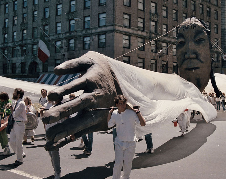 Bread and Puppet Theater from Vermont wowed the crowd with their huge puppets and stunning costumes at the disarmament march during the third Special Session on Disarmament in NYC.