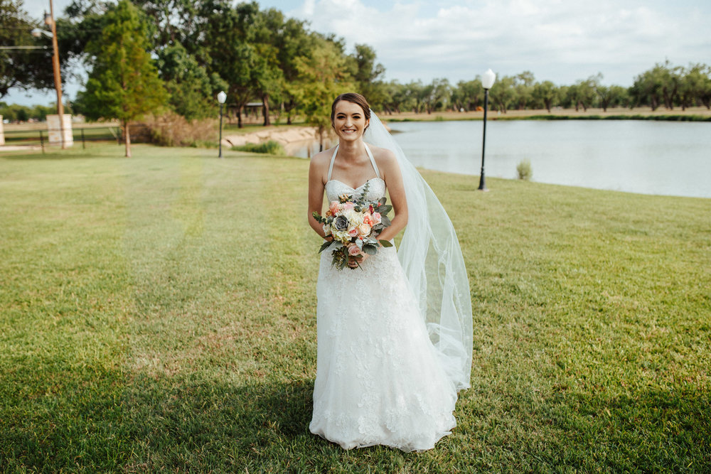 West-Texas-Wedding-Photographer-Cains-Cove-Lake-Nasworthy-San-Angelo-0011.jpg