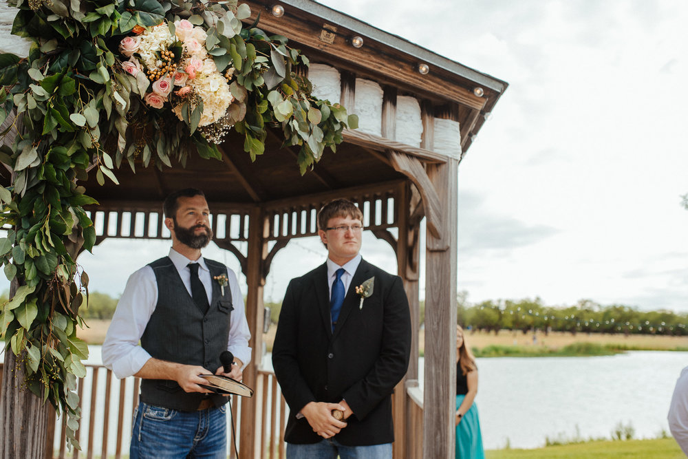 West-Texas-Wedding-Photographer-Cains-Cove-Lake-Nasworthy-San-Angelo-0014.jpg